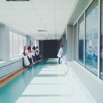 Biosimilares en Murcia: dos servicios de cada hospital deben impulsarlos