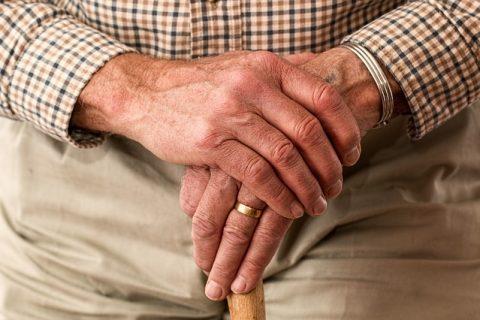 Nanoesponjas de neutrófilos absorben las proteínas que promueven la artritis reumatoide