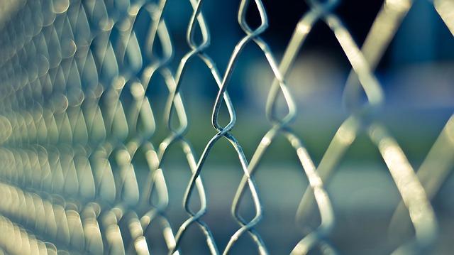 Farmacias ilegales en centros penitenciarios españoles