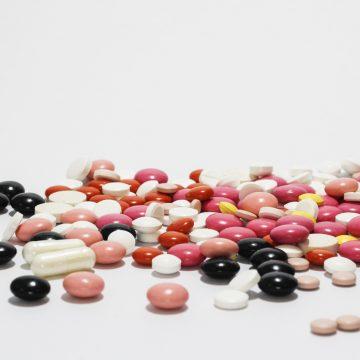 Farmacéuticos piden que se les autorice la venta de medicamentos…