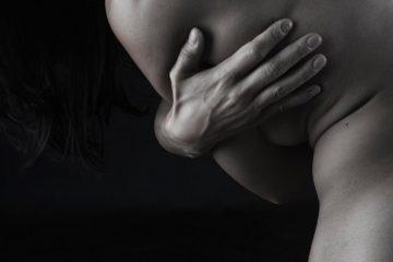 España no requiere la retirada de los implantes mamarios prohibidos en Francia, «por…