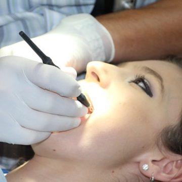Lavarse mal los dientes, asociado con un 75% más de…
