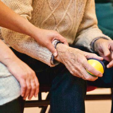 """Dr. Álvaro-Gracia: """"En España, el acceso a las terapias avanzadas…"""