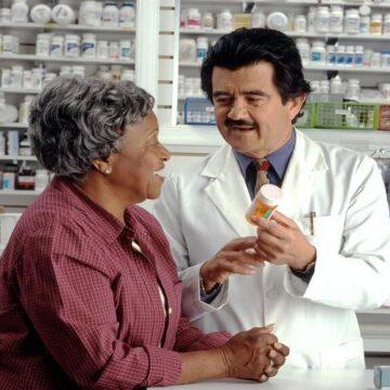 Apoyo mayoritario de la población a la dispensación de medicamentos…