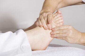 Las alteraciones de pie y tobillo alcanzan a casi todos los pacientes con…