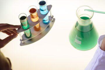 Especialistas en farmacología clínica subrayan el esfuerzo realizado para garantizar la investigación durante…