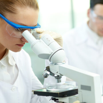 El CGCOF destaca el papel de la Farmacia Hospitalaria en…