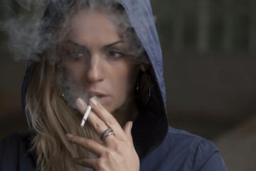 Se comprueba la relación entre la nicotina y la metástasis del cáncer de…