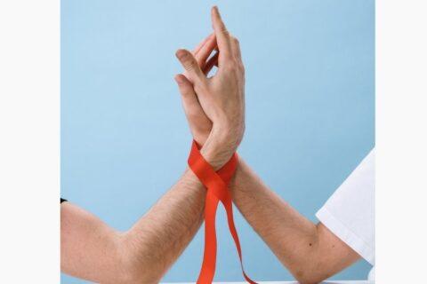 El Hospital de Valme analiza la complejidad farmacoterapéutica en la calidad de vida de pacientes VIH