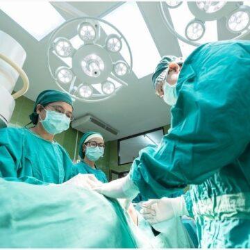 El tipo de cirugía en cáncer de próstata viene determinado…